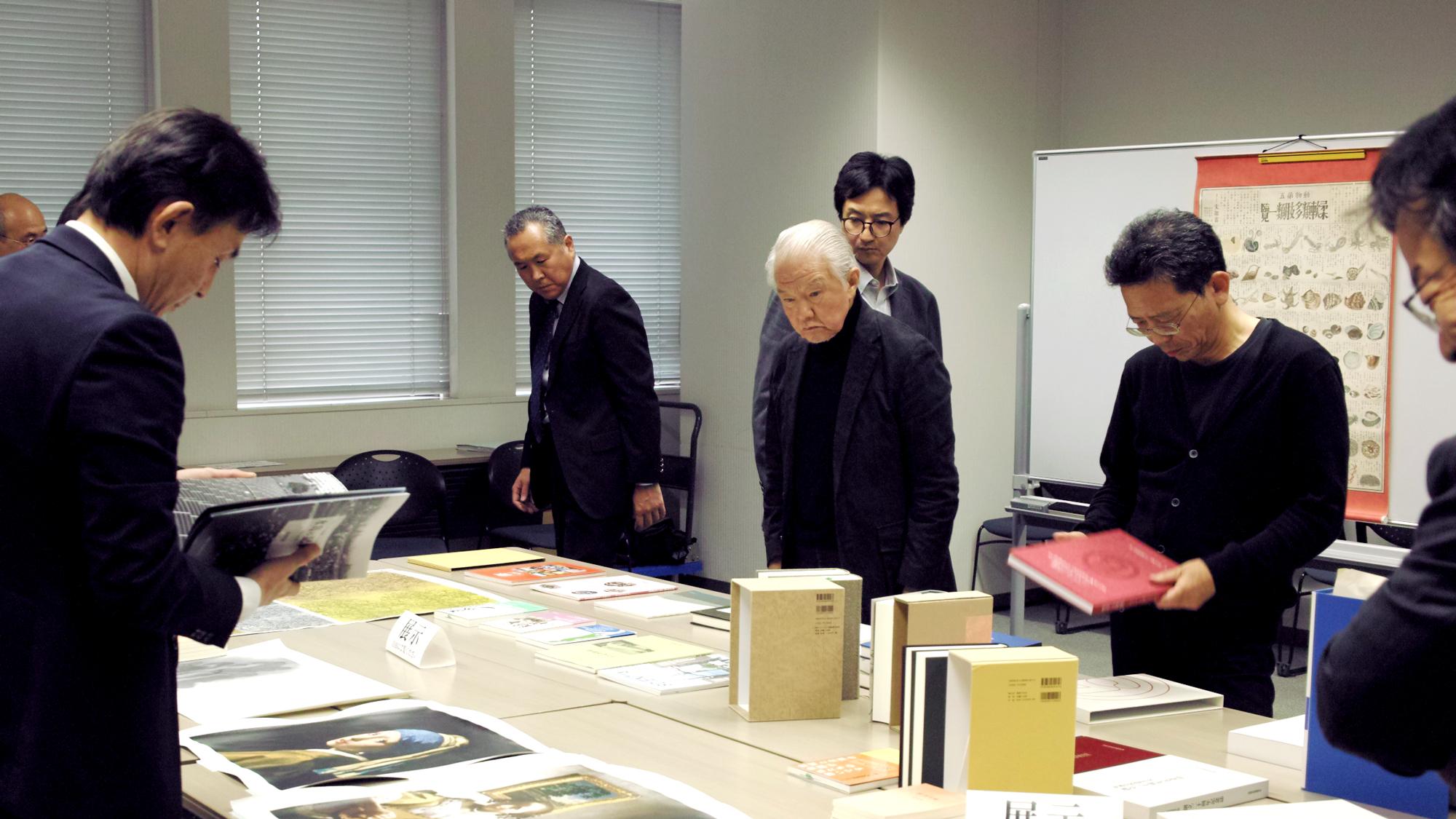 「先進企業に学ぶ企業アーカイブの取り組み」(2)